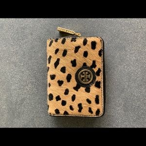 Tory Burch Keychain bifold wallet